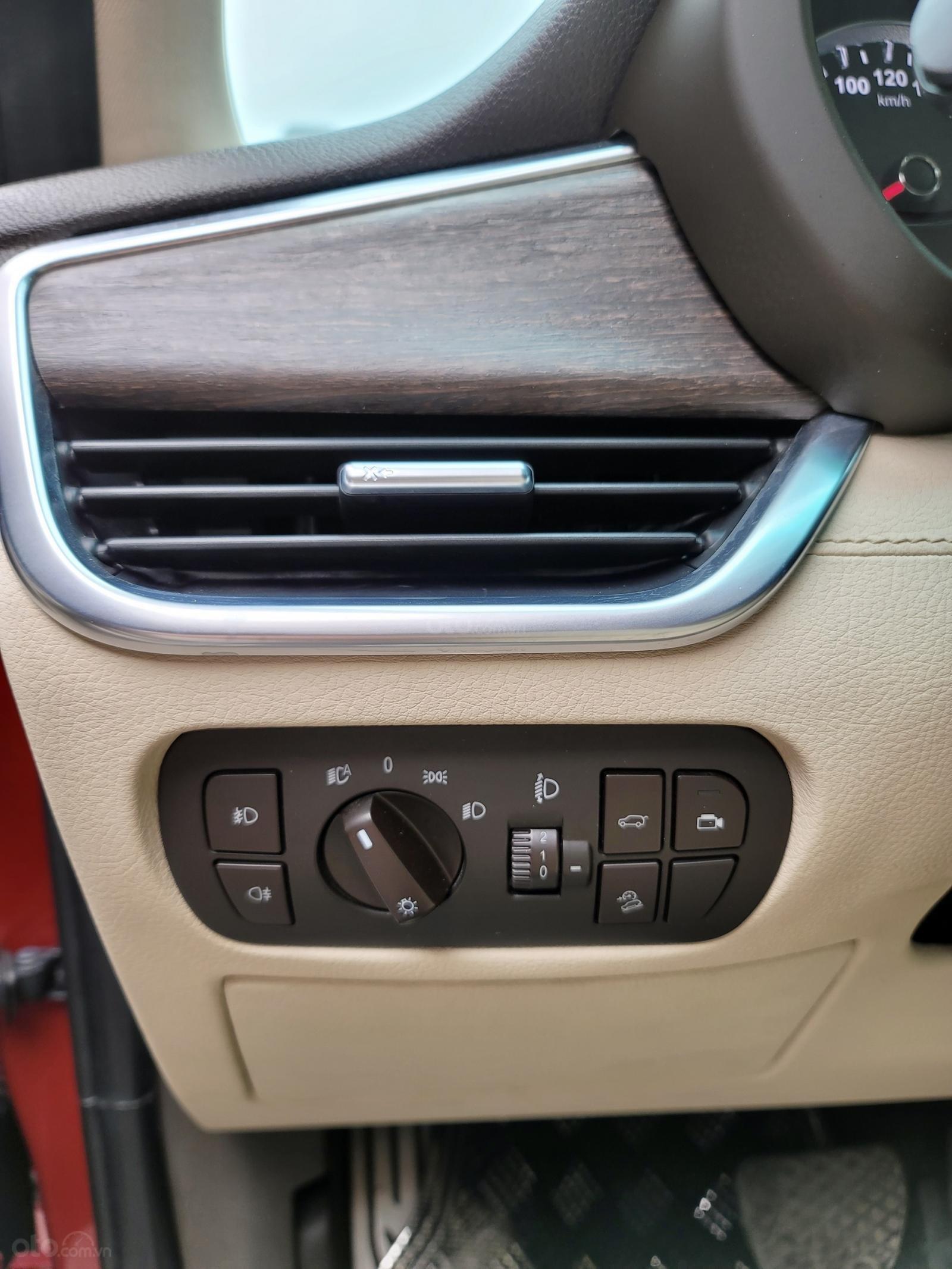 VinFast LUX SA2.0 Turbo Premium sản xuất năm 2019 (9)