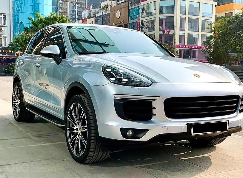 Cần bán Porsche Cayenne năm 2016, màu bạc, nhập khẩu (1)