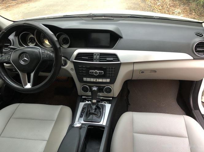 Bán xe Mercedes C200 sản xuất 2012, số tự động, giá chỉ 566 triệu (9)