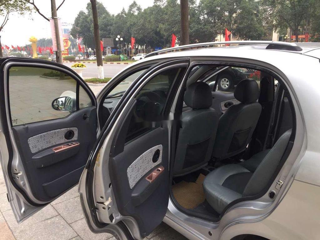 Bán Chevrolet Spark năm sản xuất 2009, màu bạc như mới (6)