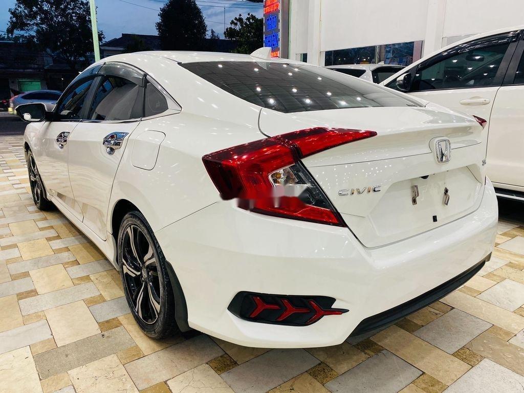 Cần bán Honda Civic Top 1.5 Turbo sản xuất 2017, xe nhập xe gia đình (4)