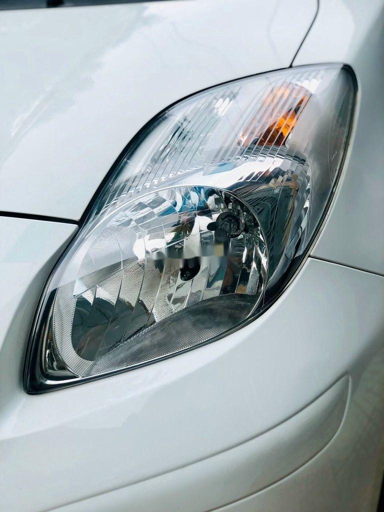 Bán xe Toyota Yaris sản xuất 2013, nhập khẩu chính chủ, giá tốt (6)