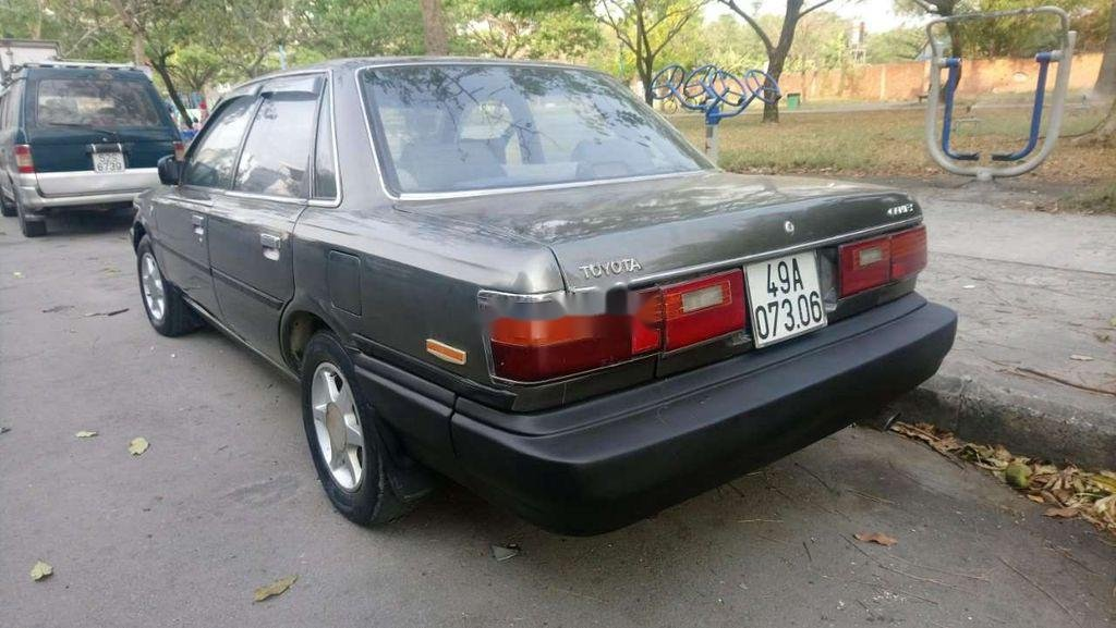 Cần bán xe Toyota Camry năm sản xuất 1988, nhập khẩu nguyên chiếc, 55 triệu (3)