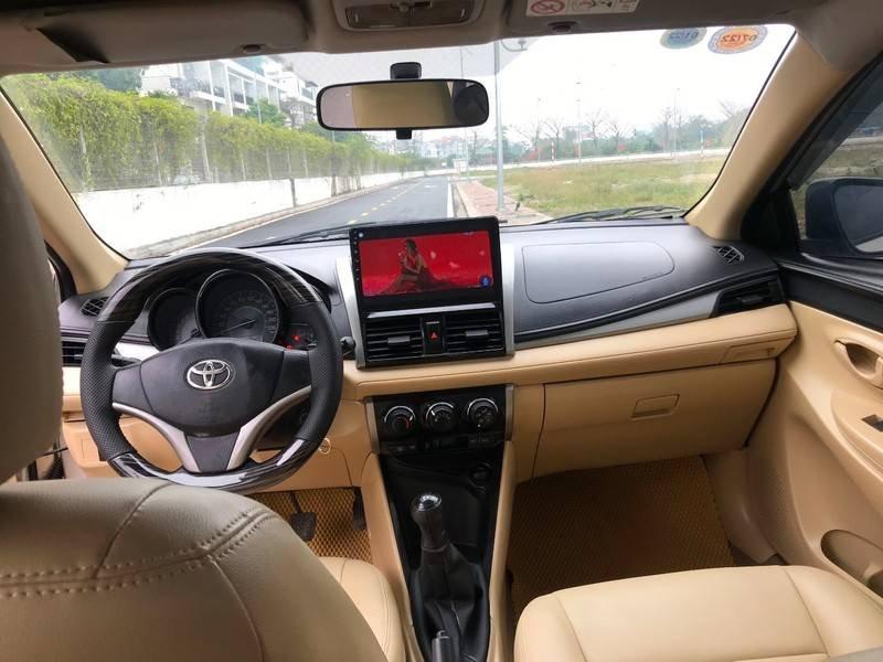 Bán ô tô Toyota Vios năm 2015, màu vàng chính chủ (13)