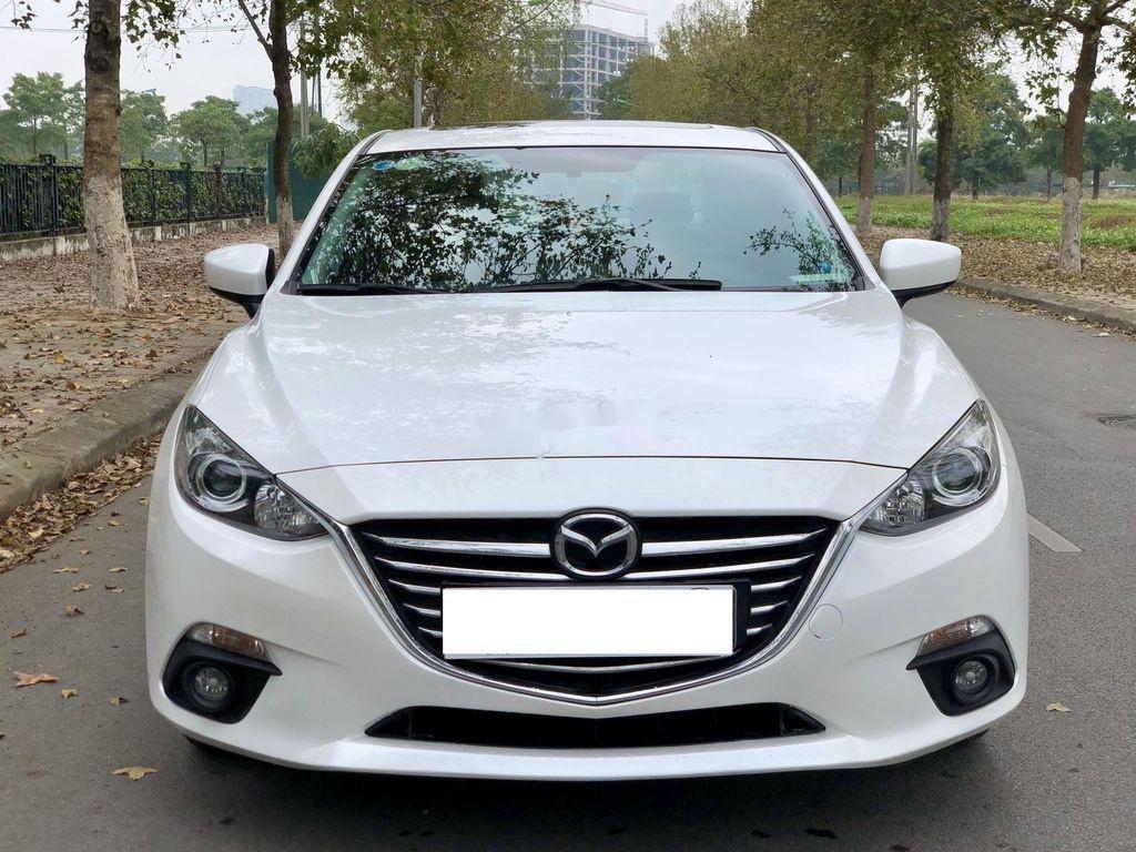 Cần bán Mazda 3 1.5 AT sản xuất năm 2015 xe gia đình, giá chỉ 525 triệu (1)