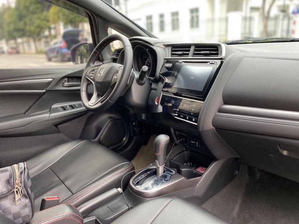 Cần bán lại xe Honda Jazz sản xuất 2019, nhập khẩu nguyên chiếc xe gia đình (6)