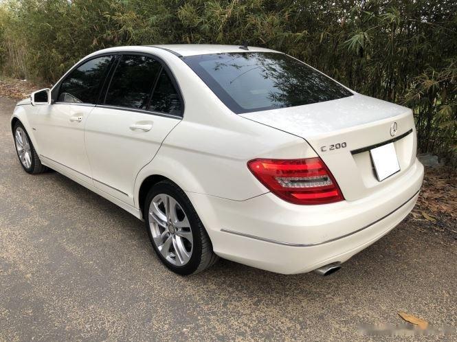 Bán xe Mercedes C200 sản xuất 2012, số tự động, giá chỉ 566 triệu (4)