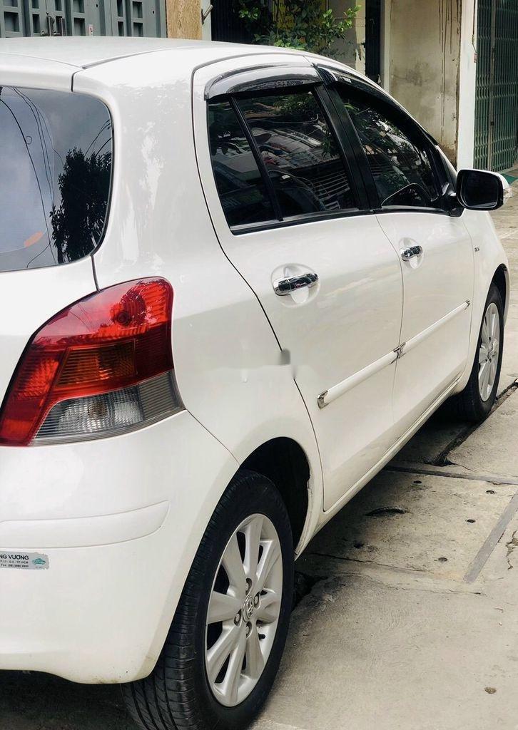 Bán xe Toyota Yaris sản xuất 2013, nhập khẩu chính chủ, giá tốt (5)