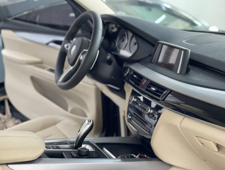 Bán BMW X5 sản xuất năm 2016, màu đen, nhập khẩu chính chủ (9)