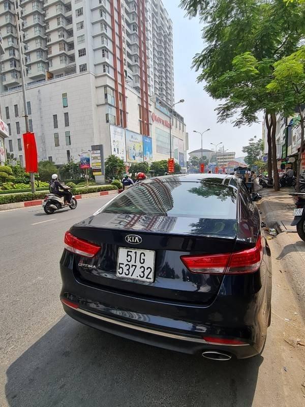 Bán ô tô Kia Optima 2.0 GATH năm 2017, màu đen, nhập khẩu  (4)