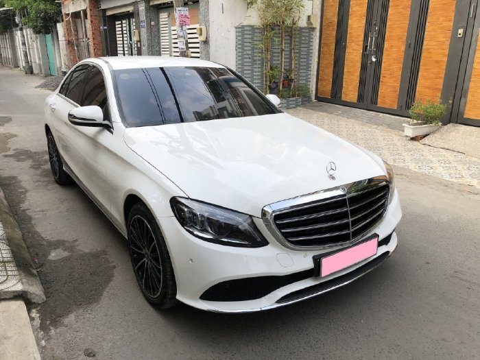 Bán Mercedes C200 sản xuất năm 2020, màu trắng (2)