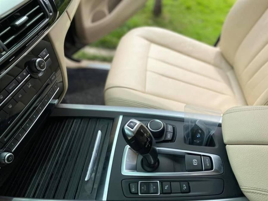 Bán BMW X5 sản xuất năm 2016, màu đen, nhập khẩu chính chủ (14)