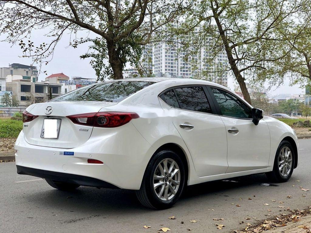 Cần bán Mazda 3 1.5 AT sản xuất năm 2015 xe gia đình, giá chỉ 525 triệu (3)