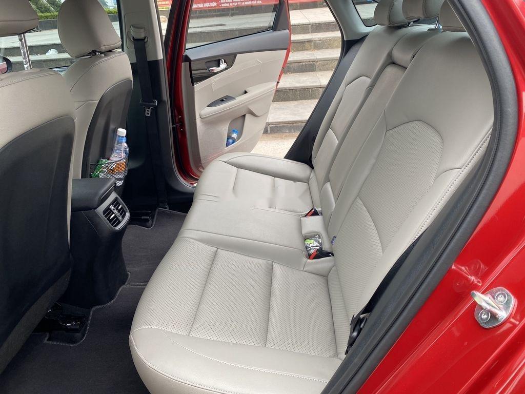 Cần bán xe Kia Cerato Luxury sản xuất 2020, xe siêu lướt (9)