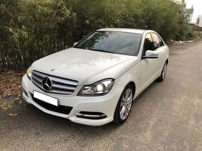 Bán xe Mercedes C200 sản xuất 2012, số tự động, giá chỉ 566 triệu (1)