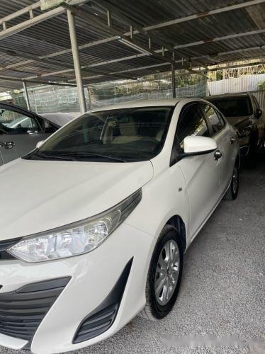 Xe Toyota Vios 1.5E MT năm sản xuất 2019, màu trắng, giá 435tr (2)