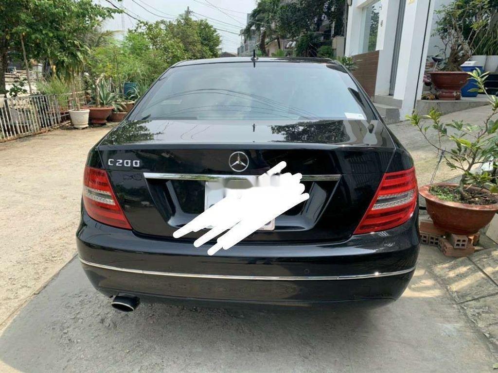 Bán xe Mercedes C200 sản xuất năm 2012, xe nhập còn mới (1)