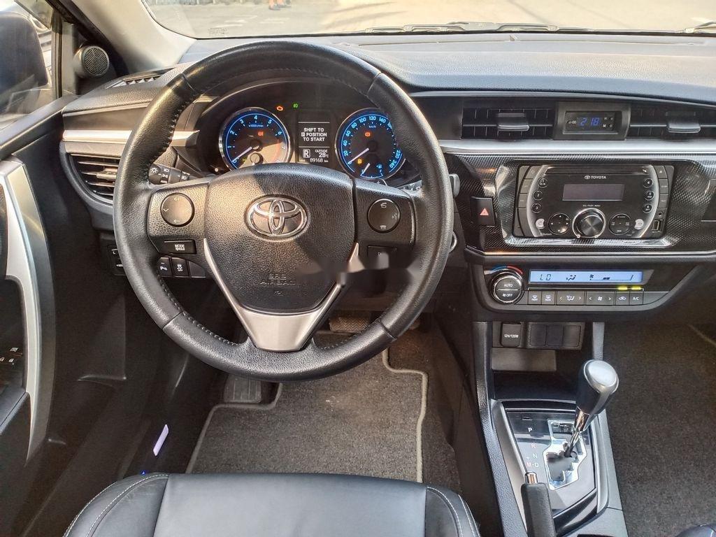 Bán Toyota Corolla Altis năm 2014, màu đen chính chủ, giá chỉ 595 triệu (9)
