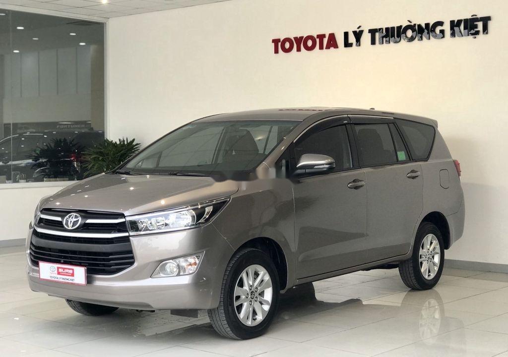 Bán Toyota Innova sản xuất 2019 như mới (7)