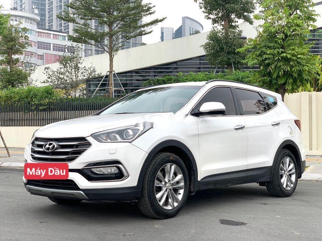 Bán ô tô Hyundai Santa Fe năm sản xuất 2018 còn mới, giá 899tr (2)