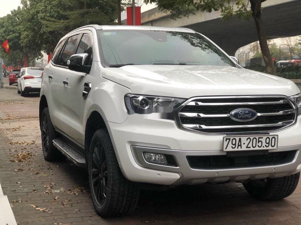 Bán Ford Everest Titanium sản xuất 2018 còn mới (1)