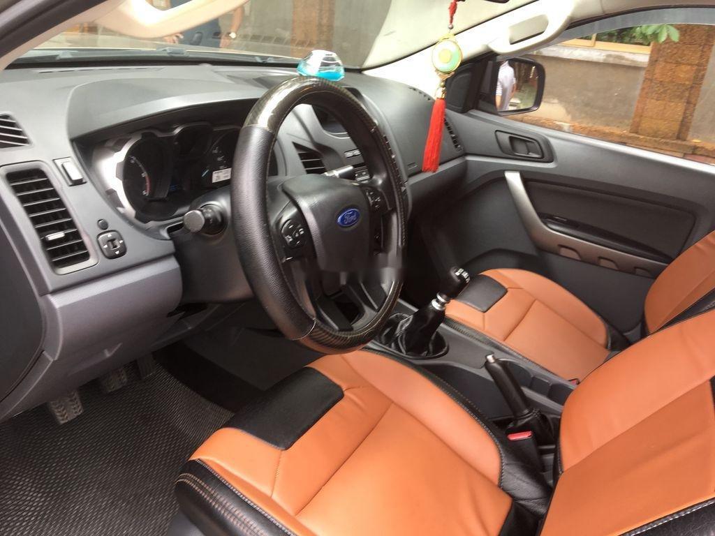 Xe Ford Ranger năm sản xuất 2015, giá thấp, động cơ ổn định (7)