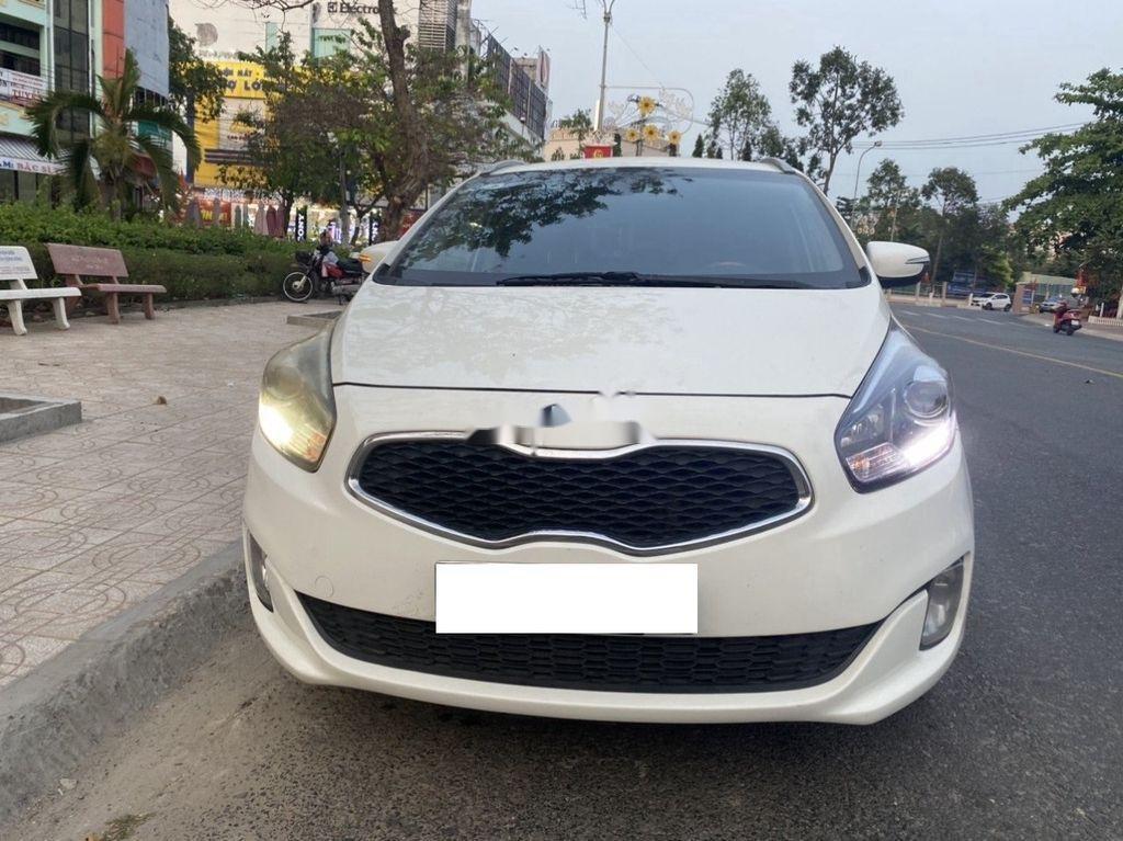 Cần bán Kia Rondo năm sản xuất 2016, màu trắng, nhập khẩu còn mới, 505tr (1)