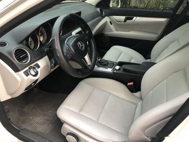 Bán xe Mercedes C200 sản xuất 2012, số tự động, giá chỉ 566 triệu (10)