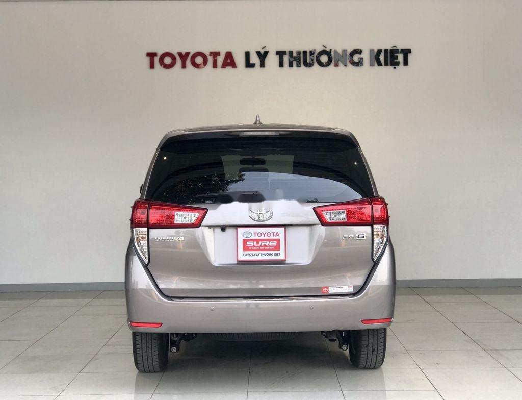 Bán Toyota Innova sản xuất 2019 như mới (3)
