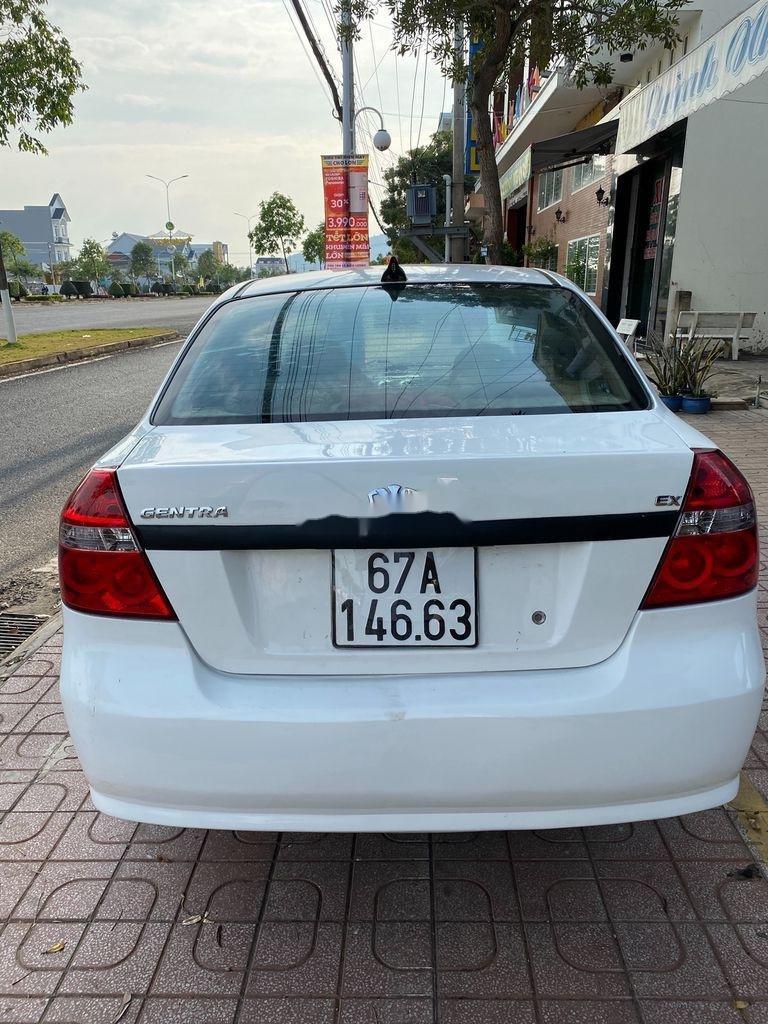 Bán xe Daewoo Gentra 2009, màu trắng còn mới (6)