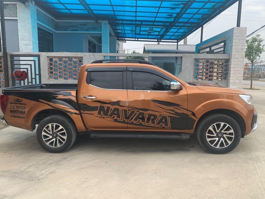 Cần bán gấp Nissan Navara năm 2019, xe nhập, giá 589tr (7)