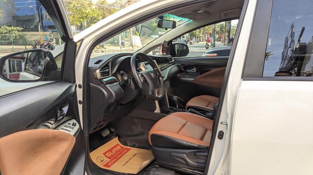 Cần bán gấp Toyota Innova sản xuất năm 2018, giá tốt (5)