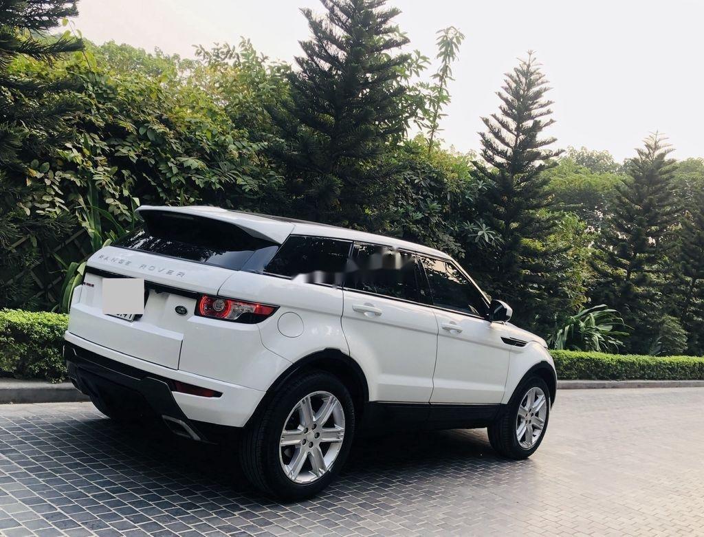 Cần bán LandRover Range Rover sản xuất năm 2014, nhập khẩu nguyên chiếc (4)