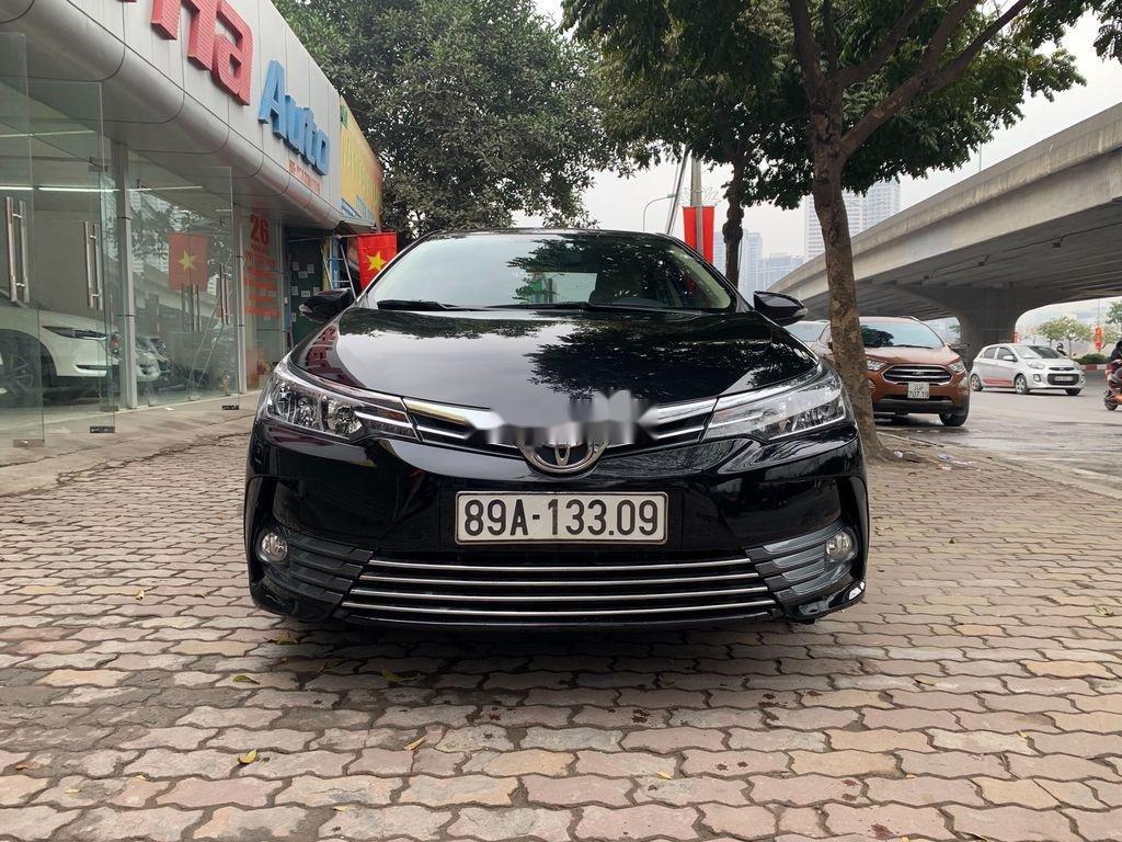 Bán xe Toyota Corolla Altis năm sản xuất 2018, giá chỉ 658 triệu (1)