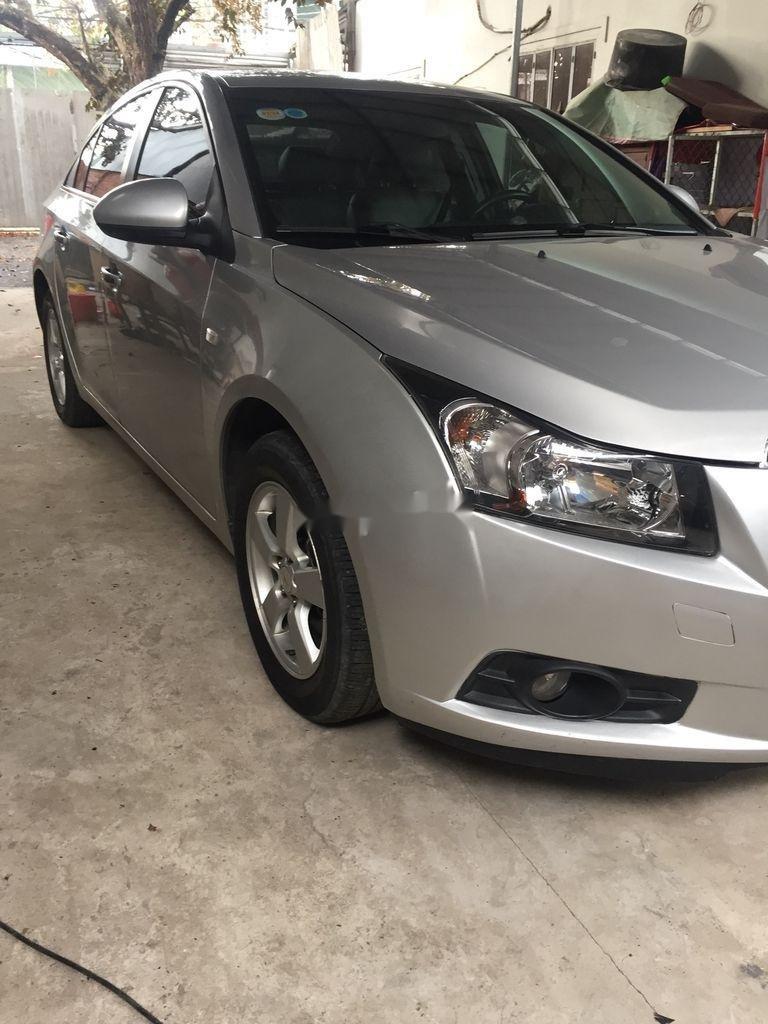 Cần bán Chevrolet Cruze sản xuất 2013, giá thấp, động cơ ổn định  (2)