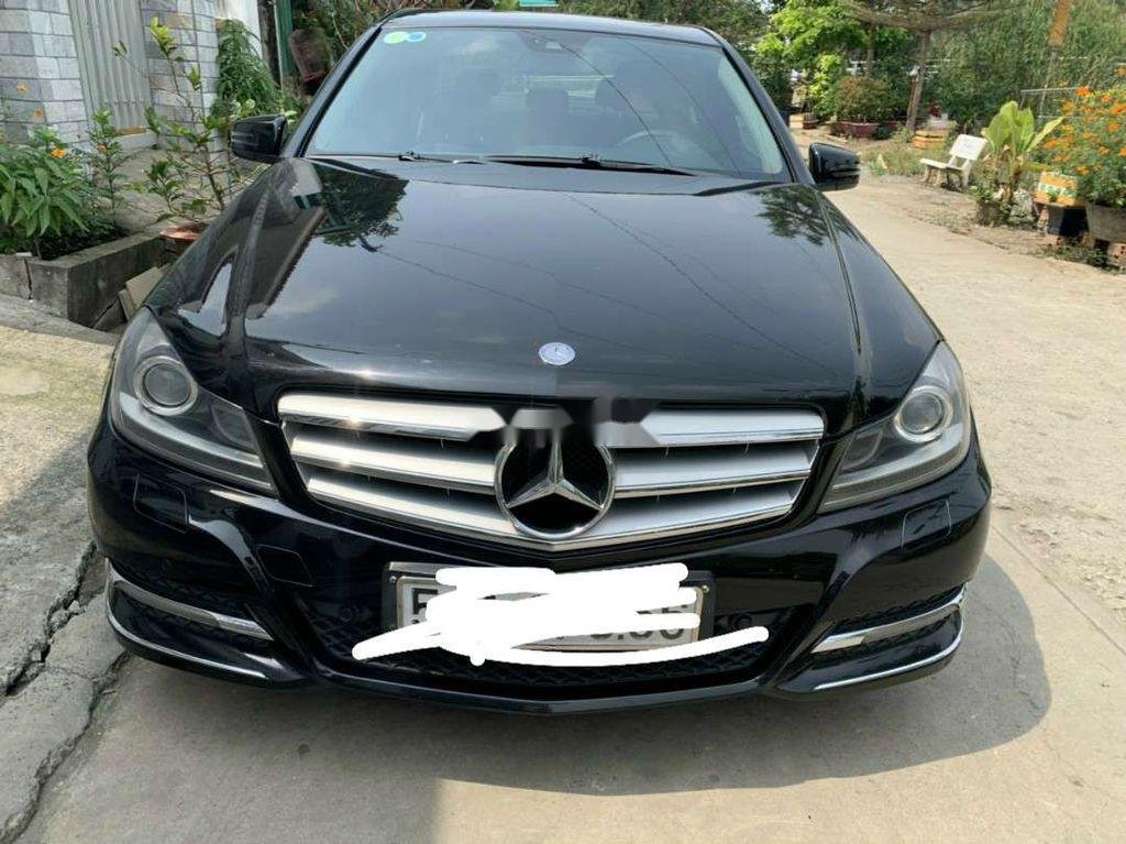 Bán xe Mercedes C200 sản xuất năm 2012, xe nhập còn mới (5)