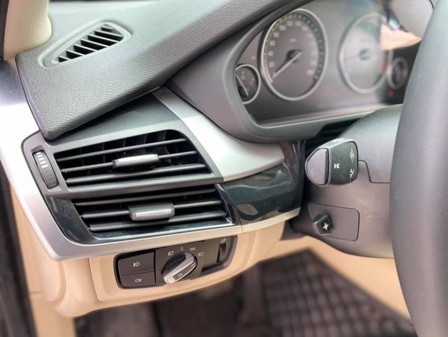 Bán BMW X5 sản xuất năm 2016, màu đen, nhập khẩu chính chủ (7)