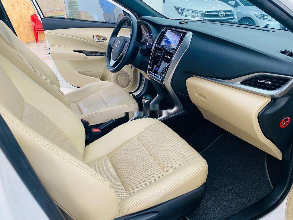 Bán xe Toyota Yaris G năm sản xuất 2018, màu trắng (9)