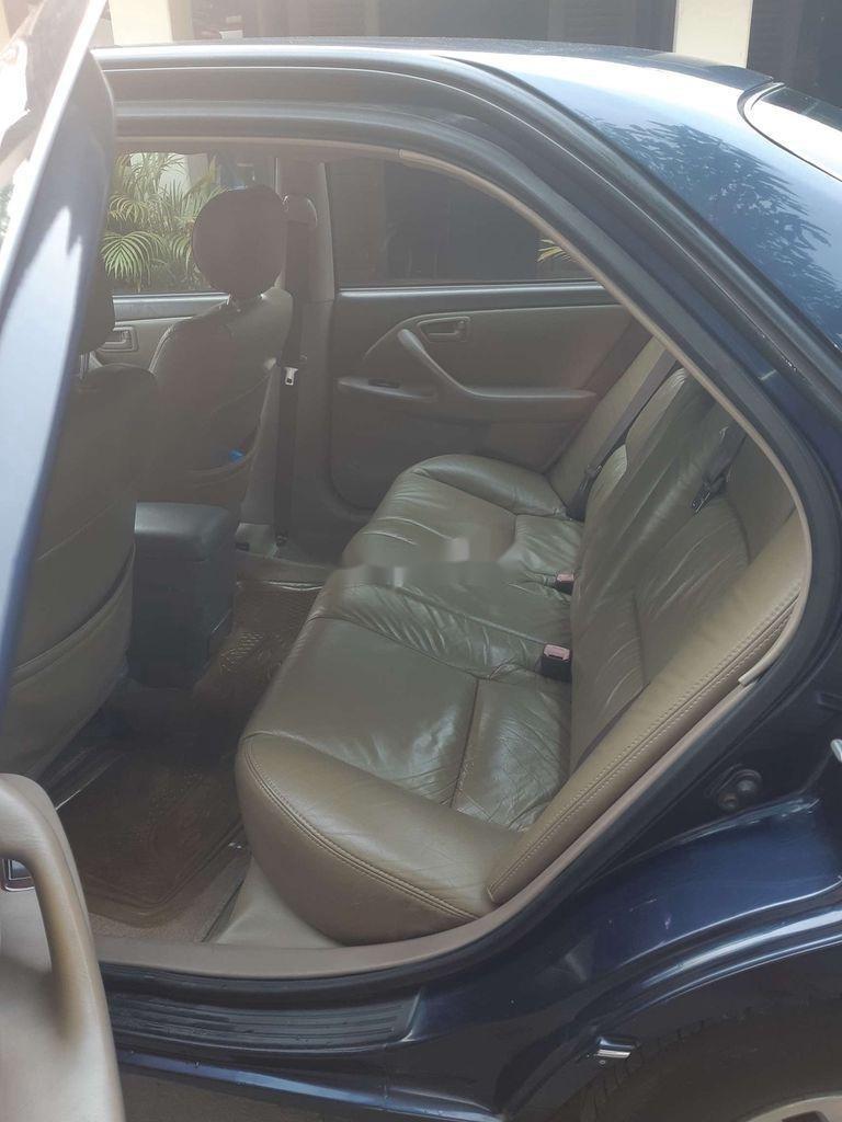 Cần bán gấp Toyota Camry đời 2001, màu xanh lam (9)