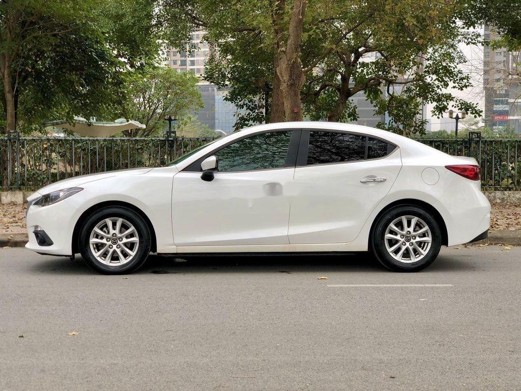 Cần bán Mazda 3 1.5 AT sản xuất năm 2015 xe gia đình, giá chỉ 525 triệu (6)