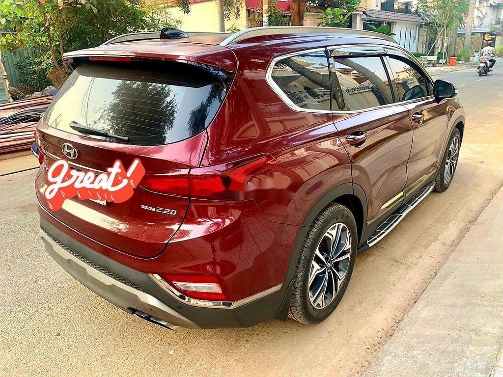 Cần bán Hyundai Santa Fe sản xuất năm 2019, giá mềm (3)