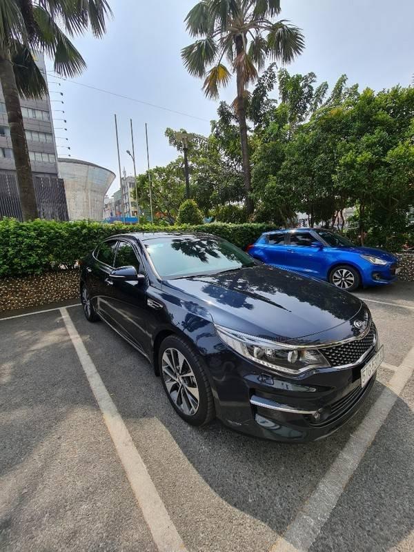 Bán ô tô Kia Optima 2.0 GATH năm 2017, màu đen, nhập khẩu  (2)