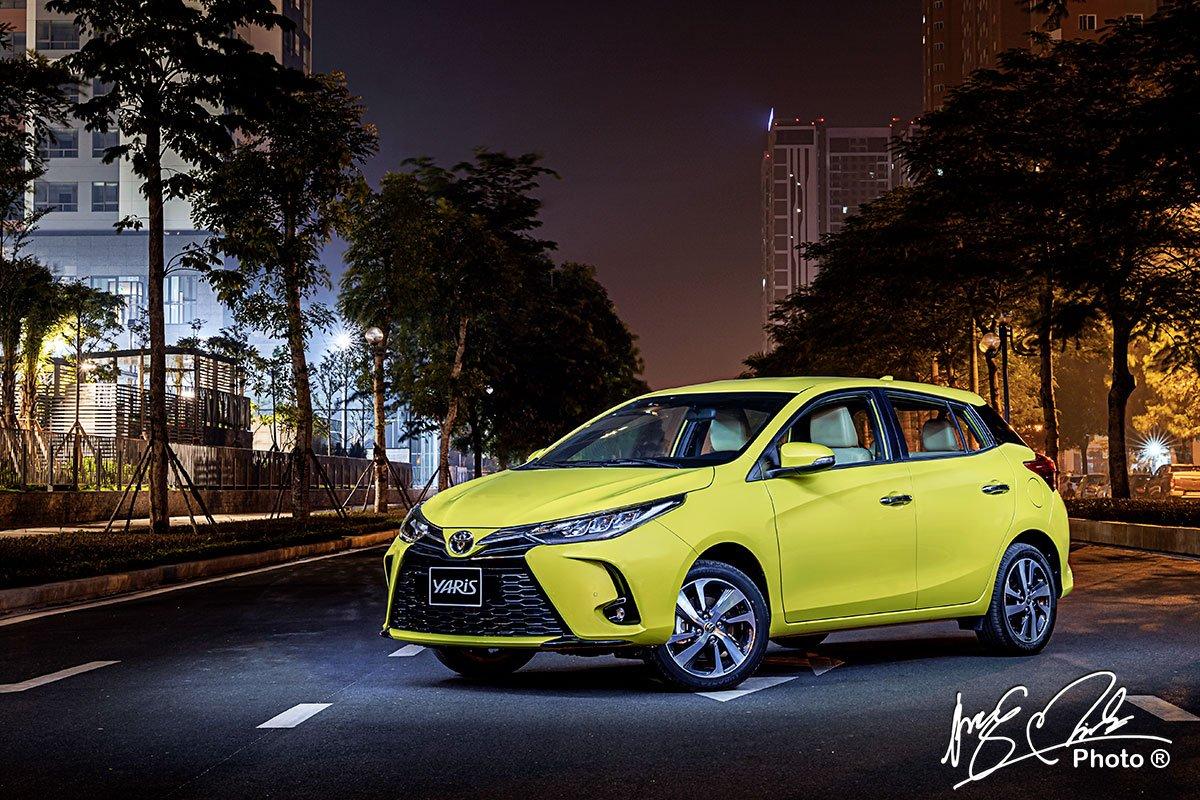 Đánh giá xe Toyota Yaris 2021.
