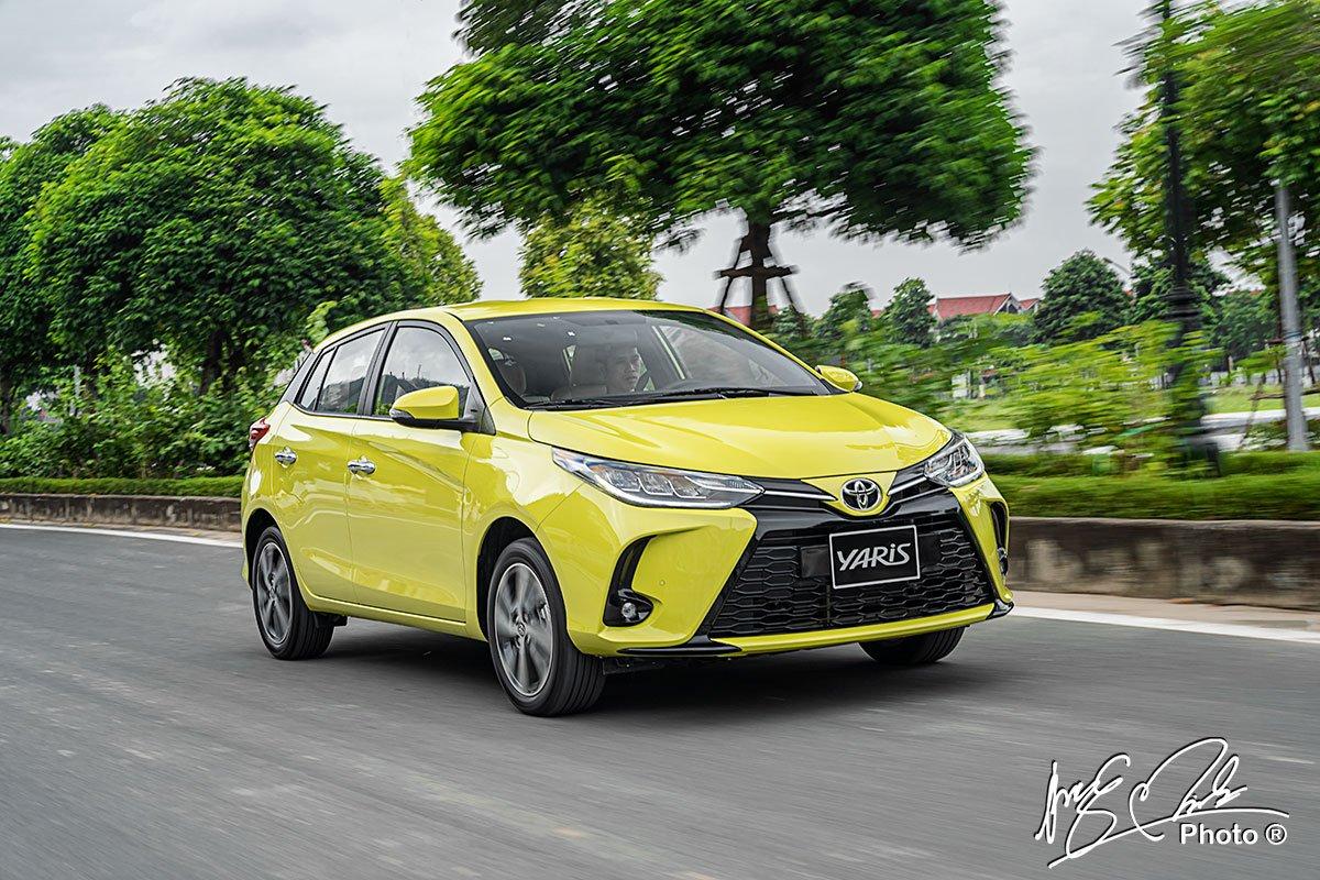 Toyota Yaris 2021 cho phép người lái dễ dàng điều khiển.