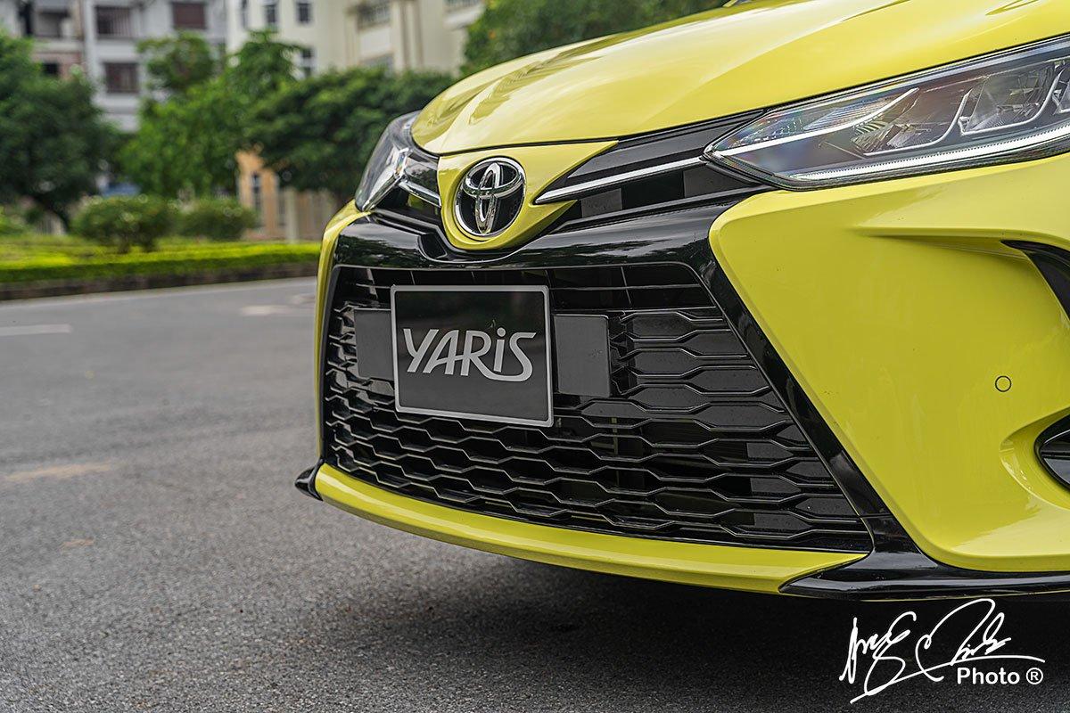 Lưới tản nhiệt của Toyota Yaris 2021.