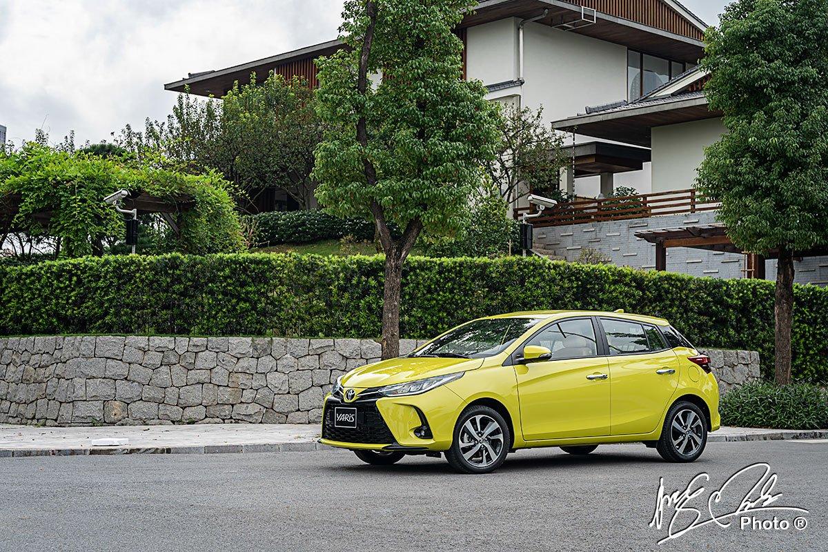 Khó có thể đòi hỏi hơn về khả năng cách âm ở những chiếc xe thuộc phân khúc hạng B giá rẻ như Toyota Yaris 2021.