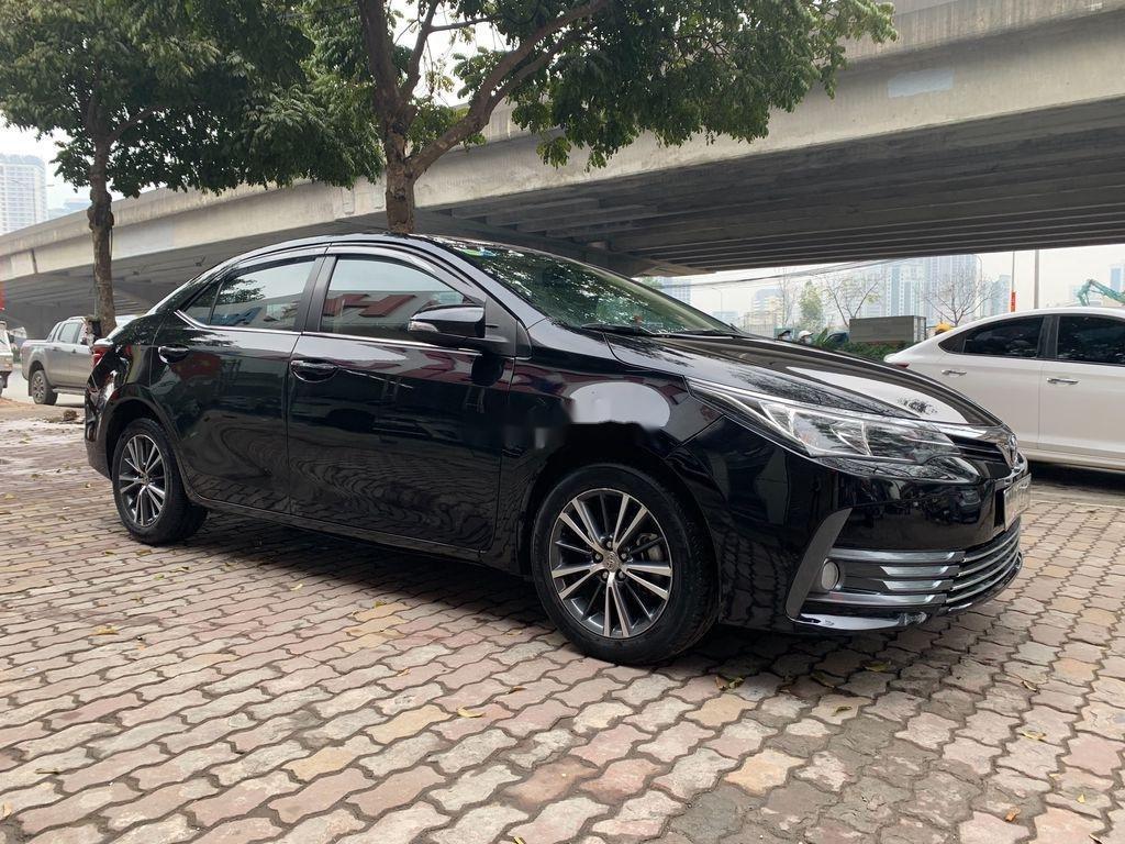 Bán xe Toyota Corolla Altis năm sản xuất 2018, giá chỉ 658 triệu (2)