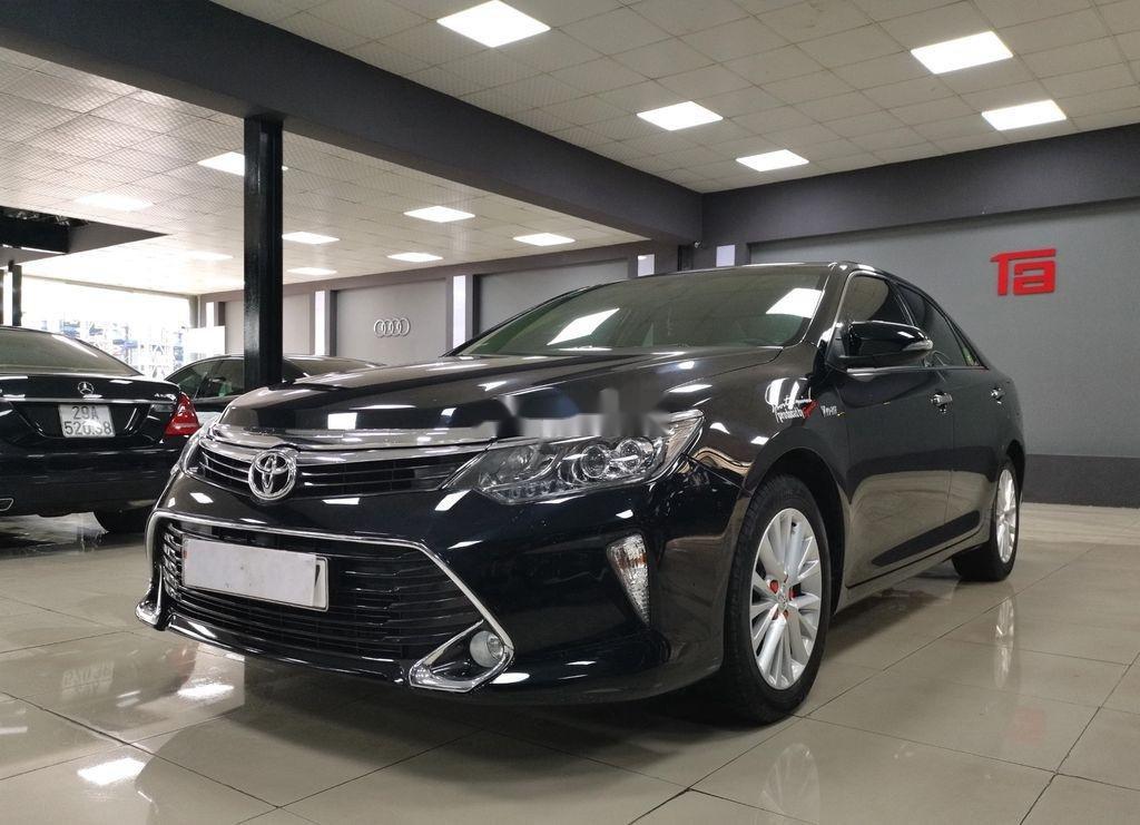 Bán Toyota Camry 2.0E sản xuất năm 2019 còn mới (3)