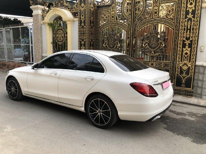 Bán Mercedes C200 sản xuất năm 2020, màu trắng (1)