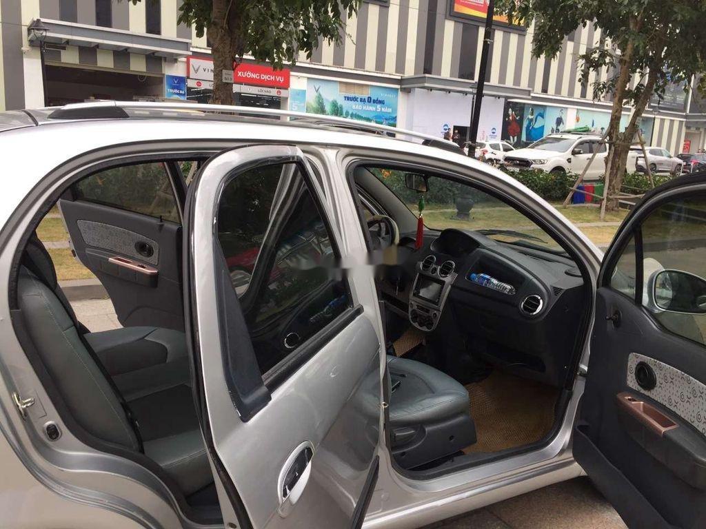 Bán Chevrolet Spark năm sản xuất 2009, màu bạc như mới (5)